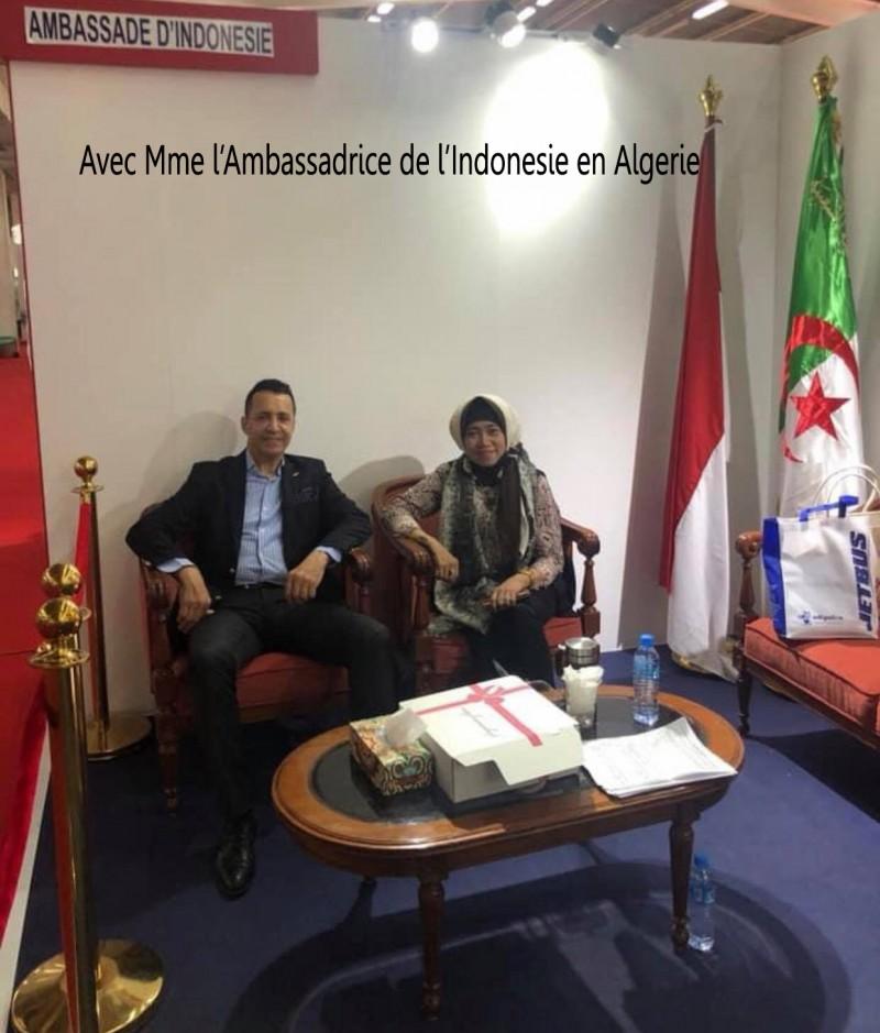 Avec Mme l'ambassadrice de l' Indonésie en Algérie