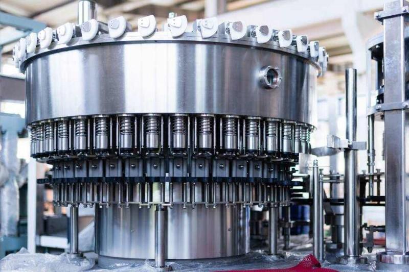 Machines de remplissage (eau, jus, huile...)